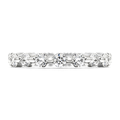 Multiplicity Single Prong Eternity Band